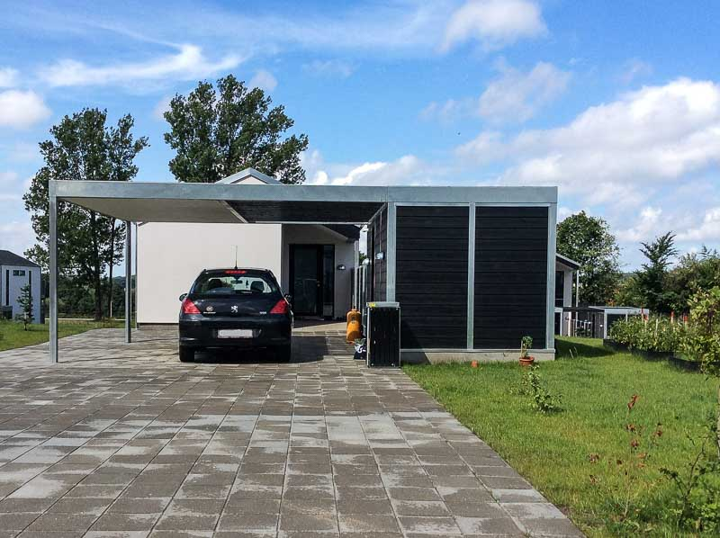 Design-Carport Abstellraum
