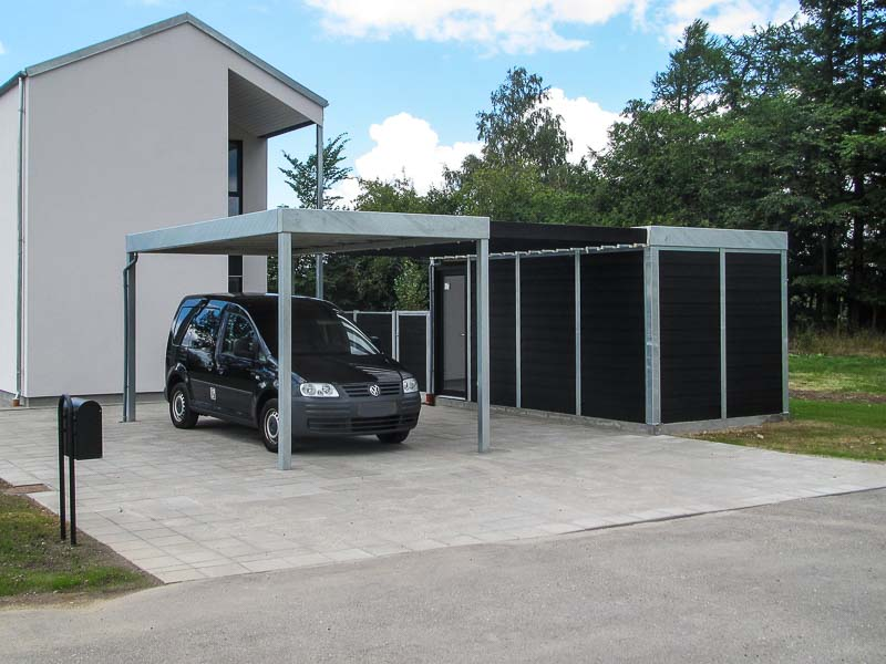 Design-Carport mit Abstellraum