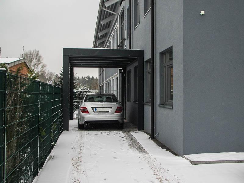 Design-Carport schmal