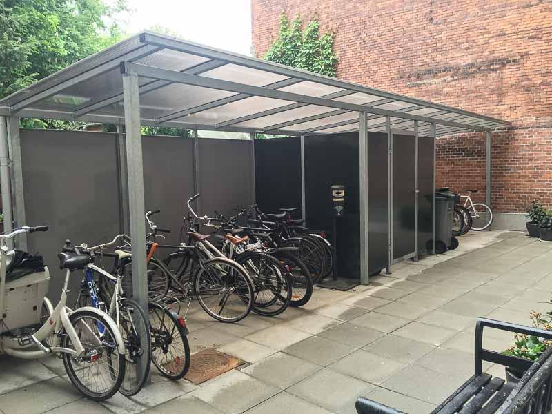 langlebiger fahrrad carport aus stahl sch tzen sie ihr. Black Bedroom Furniture Sets. Home Design Ideas
