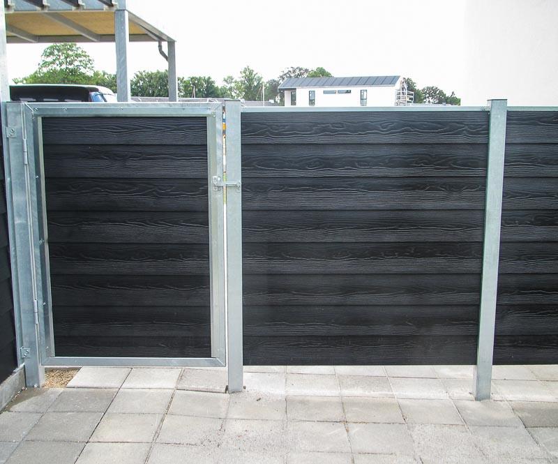 Sichtschutzwand Garten Holzverkleidung